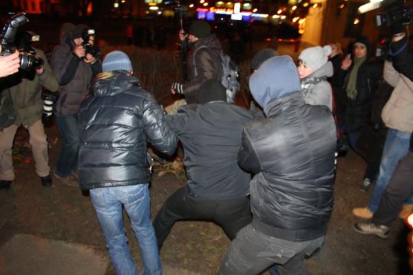 В годовщину Площади 19 декабря задержали более десятка человек