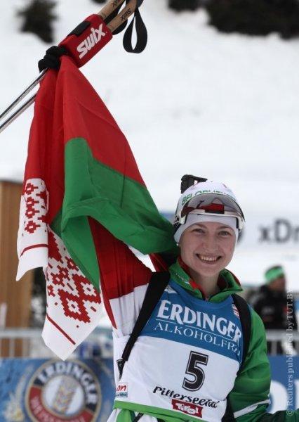 УМНИЧКА!!!Дарья Домрачева выиграла гонку преследования на этапе Кубка мира по биатлону