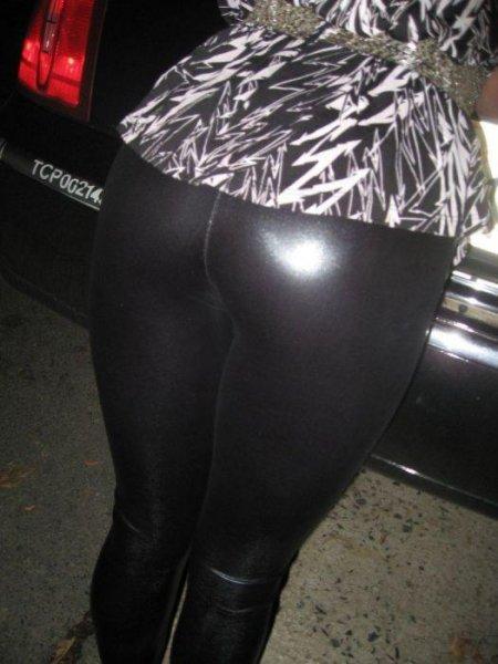 Молодёжь Нью-Йорка добирается домой после ночного клуба