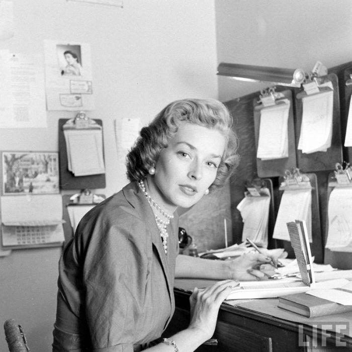 Модельное агентство 1948 года