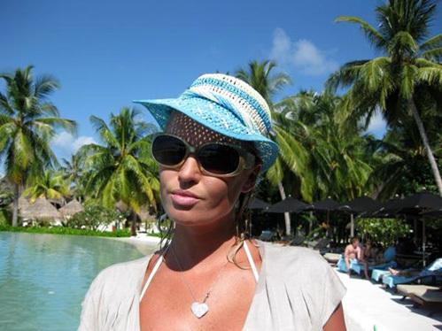 Волочкова снова показала голую грудь на Мальдивах