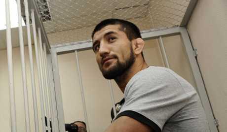Расулу Мирзаеву смягчили статью за смерть московского студента