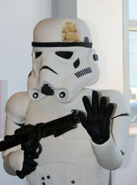 Господи, они съели имперского штурмовика!