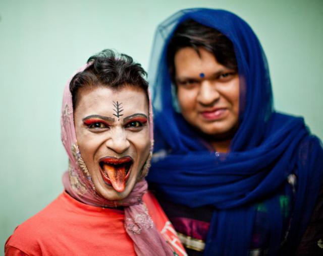 Смотреть груповуху трансексуалов 10 фотография
