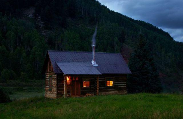 Уютные домики в лесах и на природе