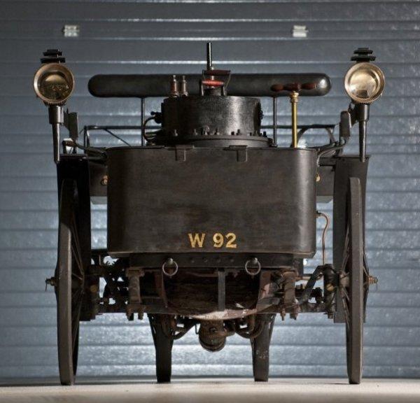 Самый старый автомобиль в мире продан за $4 620 000