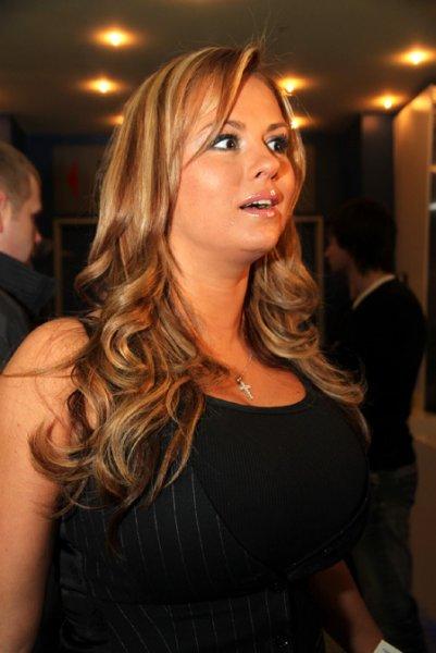 Анна Семенович: Я своего мужчину не прячу, мы не затворники