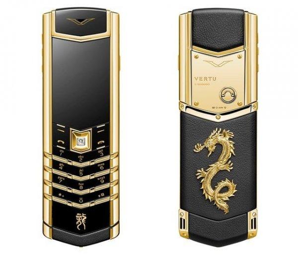 Из чего сделан телефон Vertu стоимостью $ 20 000