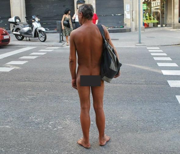 Парню дали 1,5 года тюрьмы за то, что прошелся голым по улице