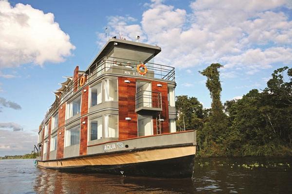 Плавучий отель на Амазонке
