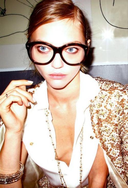 Хипстерши в очках