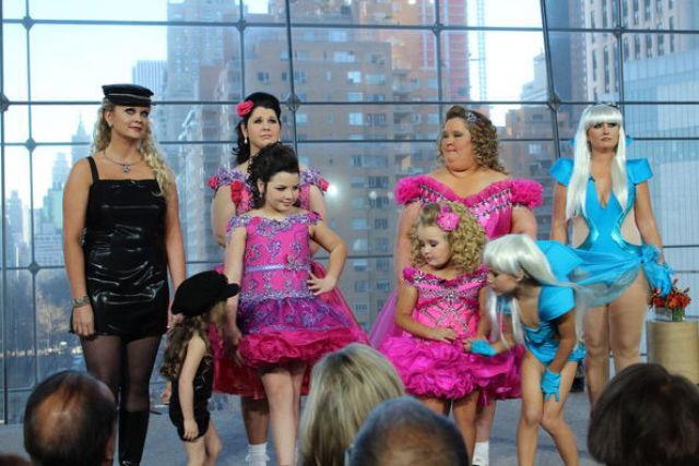 Конкурс красоты для мам и дочерей - 2