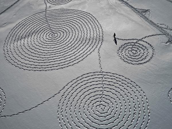 Снежные рисунки от Сони Хинричсен