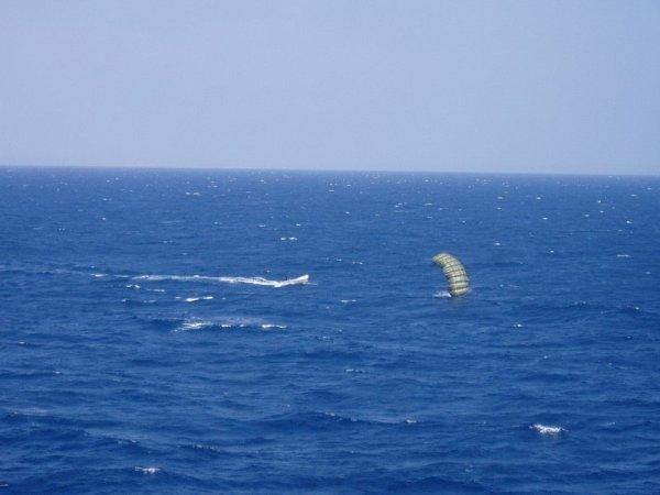Как сомалийские пираты получают выкуп за захваченные корабли