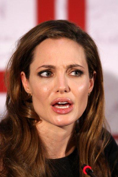 На белградскую премьеру картины Анджелины Джоли пришло только 12 человек