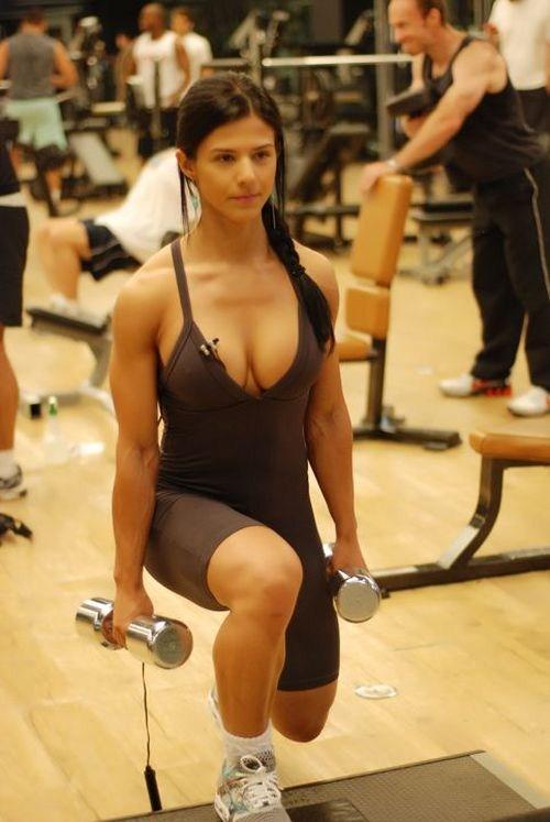 Симпатичная бразильская спортсменка