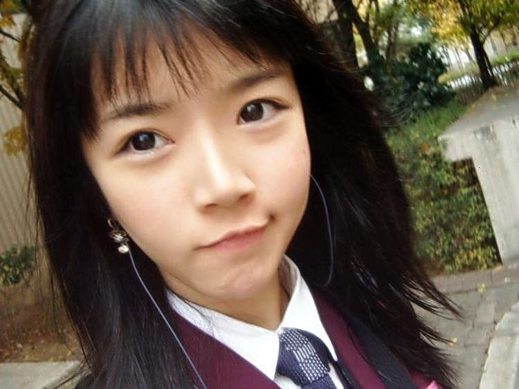 Ми-ми-ми школьница из Азии