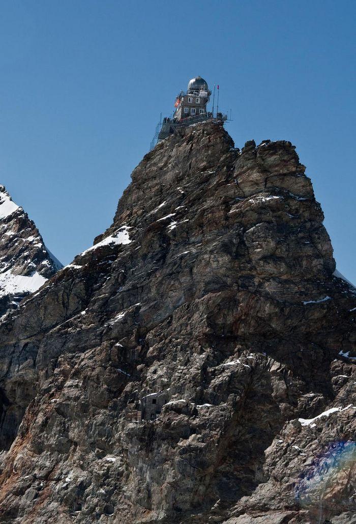 Обсерватория в горах