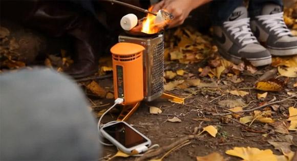 Заряжаем iPhone от костра