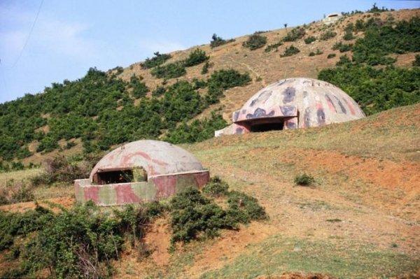 Албания: страна бетонных грибов