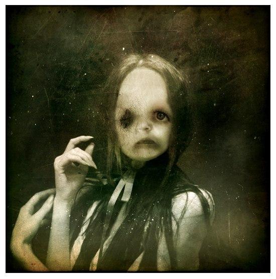 Темная жуть от Bryce Edsall