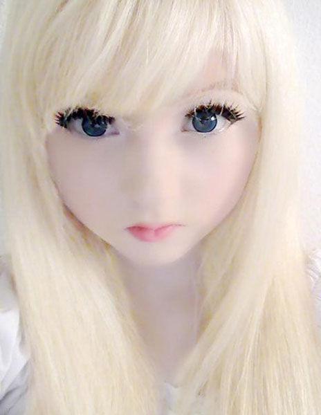 Еще одна живая кукла