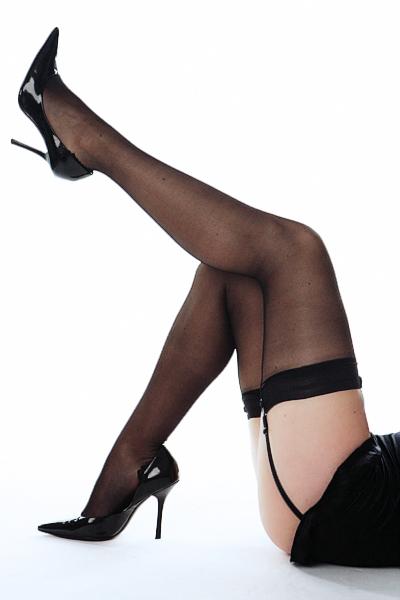 Женские ножки в чулках - всегде сексуально?