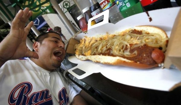 Настоящий хот-дог должен выглядеть так!