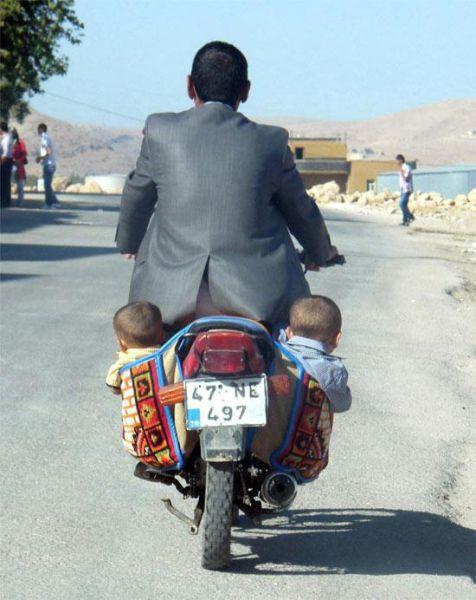 Безмозглые родители