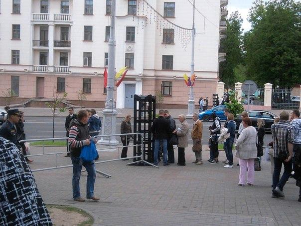 Центр Минска оккупировал ОМОН