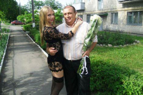 Выпускница 2012 опознана!