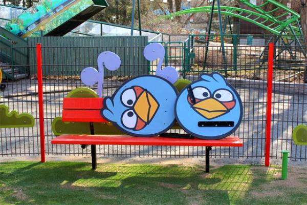 Тематический парк со злыми птицами