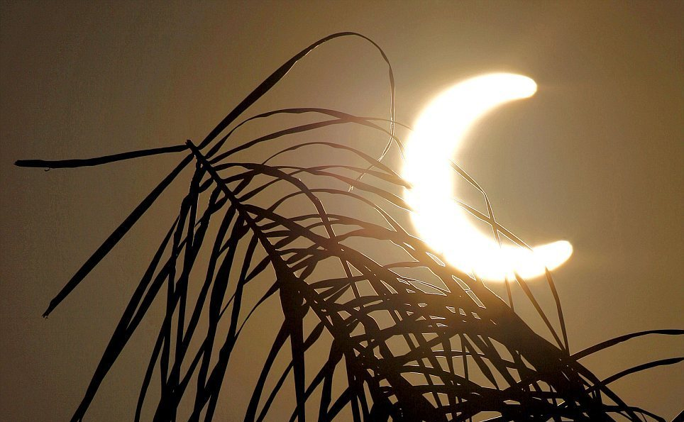 Кольцеобразное солнечное затмение 2012