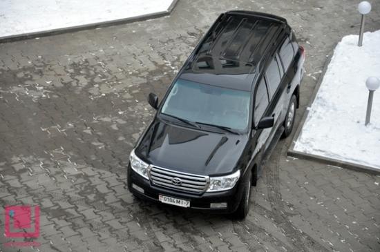 """Белорусские чиновники покупают """"Тойоты"""" за $100 тысяч"""