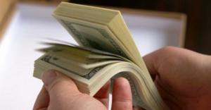 Зарплату свыше $500 в Беларуси получают 15 категорий работников