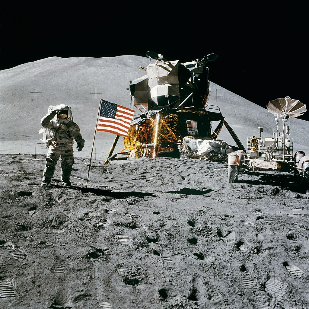 scotts experience on the moon in
