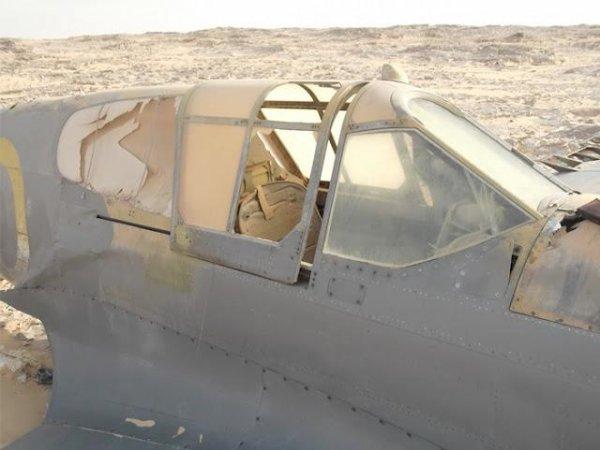 Самолет в пустыне лежит 70 лет