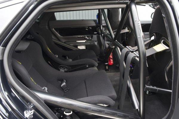 Такси Jaguar прокатит по Нюрбургрингу!