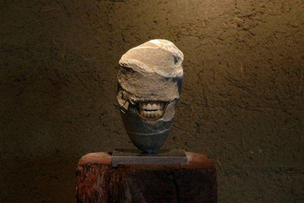 Невероятные скульптуры из камня