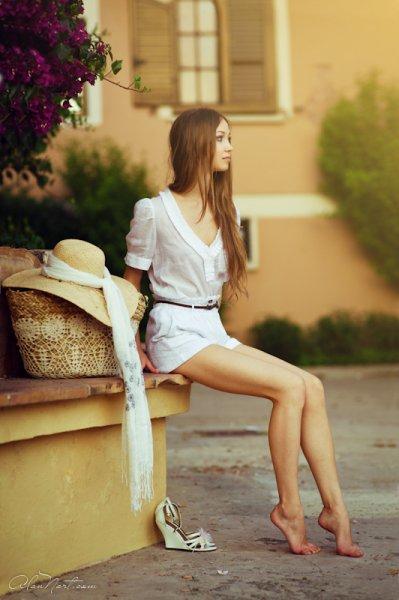 Девушка в шляпе. Испания