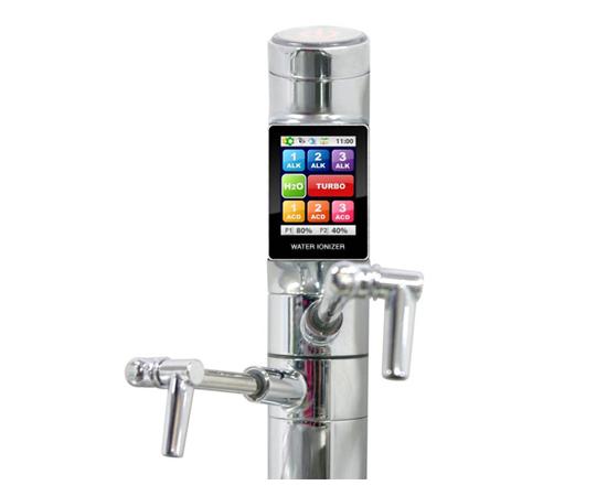 Смеситель с сенсорным экраном на кухню
