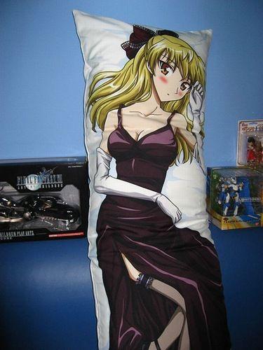 Дакимакура - японские подушки