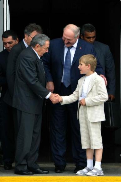 Лукашенко в Венесуэле: отдам власть Коле!