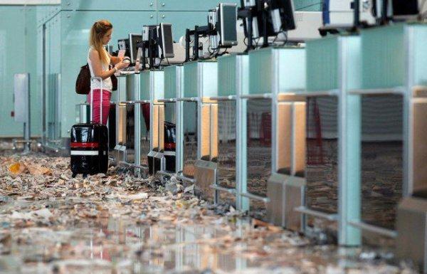 Мусорный ад в аэропорту Барселоны