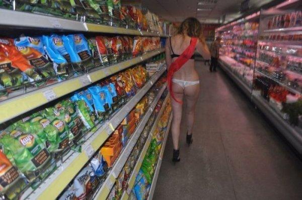 Как в России выпускницы ходят за догонкой