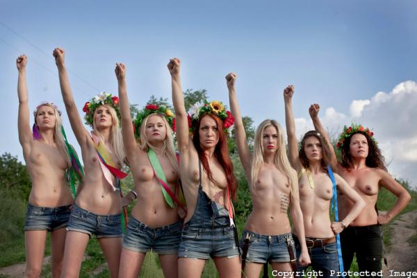 FEMEN против всех!