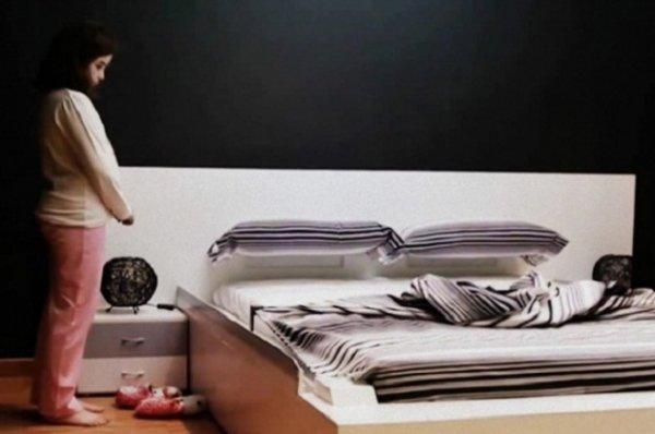 Существует самозастилающаяся постель