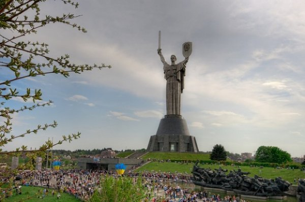 7 самых высоких статуй в мире