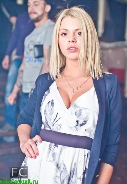 Красивые люди в русских клубах