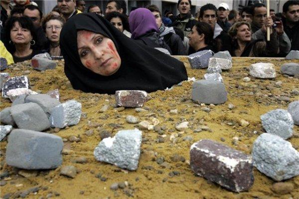 Туристам в Египте хотят рубить руки